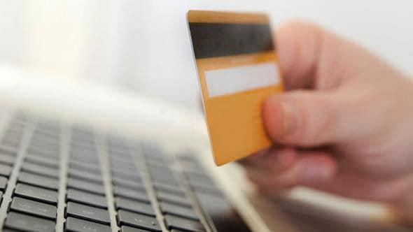 Hızlı Kredi Kartı Veren Bankalar
